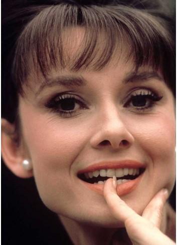 Audrey Hepburn Poster 009 (35x50)