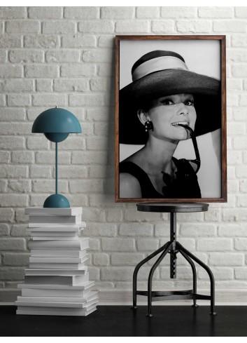 Audrey Hepburn Poster 007 (50x70)